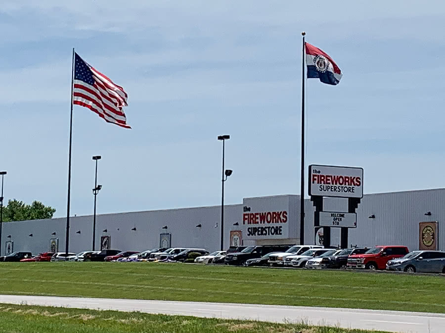 The Fireworks Superstore - Hannibal MO